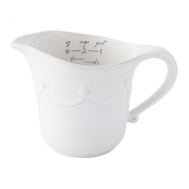 Berry and Thread Measuring Cup